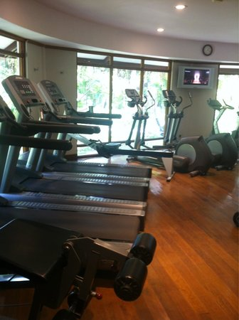 LUX* South Ari Atoll: Well equipped gym!