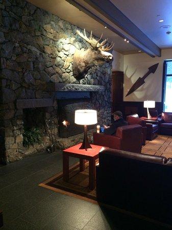 Hotel Alyeska: Sitting area
