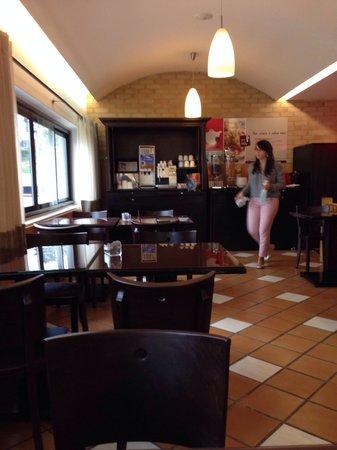 Ibis Leiria: Restaurante