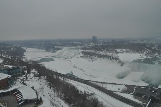 Embassy Suites by Hilton Niagara Falls Fallsview Hotel: View form the room of the falls