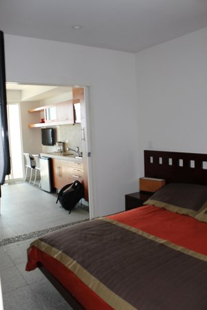 Rosarito Beach Hotel: Our room