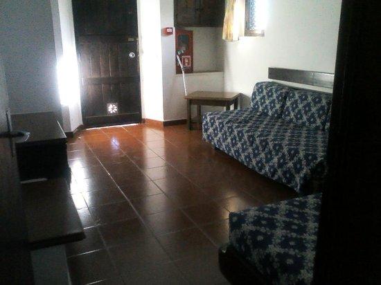 Vilanova Resort: Entrance to villa through second bedroom