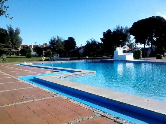 Vilanova Resort: Large pool