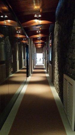Hotel Parador de Cruz de Tejeda : pasillo a las habitaciones