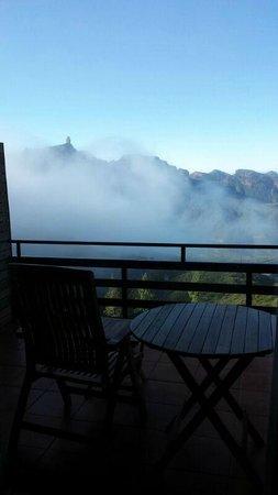 Hotel Parador de Cruz de Tejeda : vista desde terraza de la habitación
