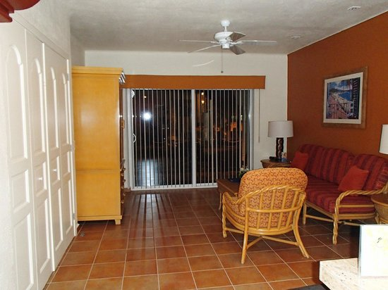 Worldmark Coral Baja: Studio unit-Murphy bed was comfortable