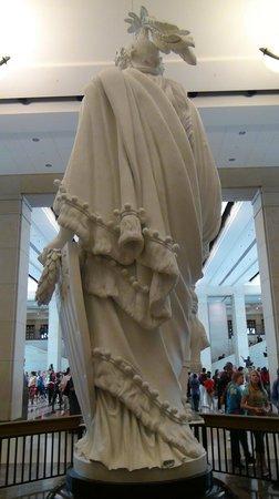 U.S. Capitol: Estatua de La Libertad
