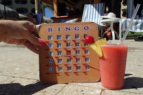 Worldmark Coral Baja: Bingo at the pool