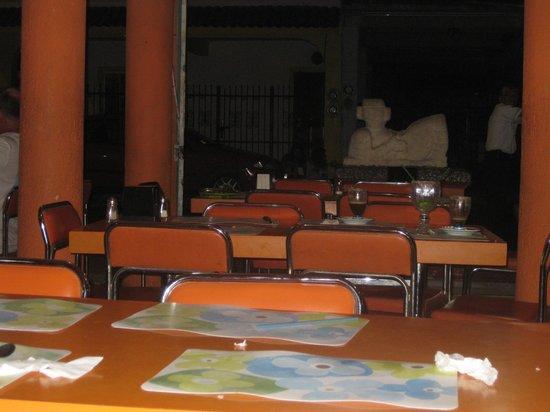 El Moro: it is orange- fun place!