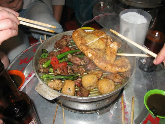 Hanoi Urban Adventures: chinese bbq on a street corner