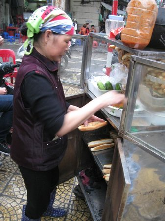 Hanoi Urban Adventures: real street food vendor