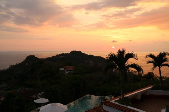 La Mariposa Hotel: Sunset from our room