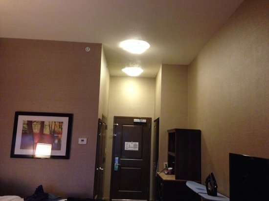 Hilton Garden Inn Preston Casino Area: High ceilings