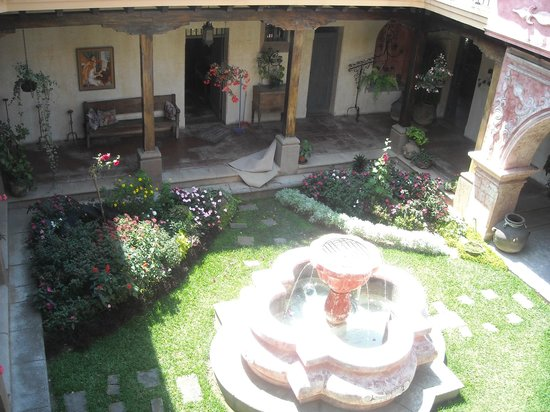 La Casona de Antigua: view of the balcony out of the room