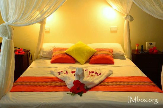 CoCo Beach Resort : room presentation