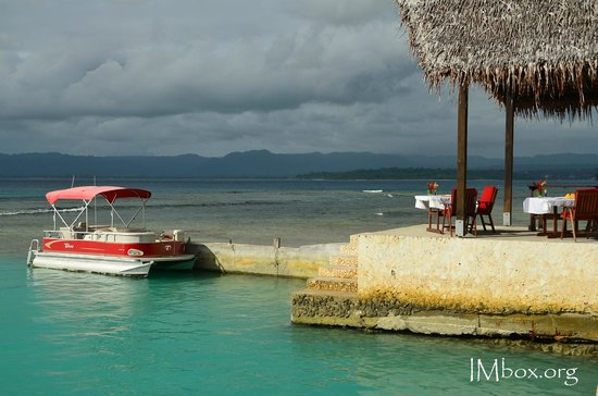 CoCo Beach Resort : water taxi