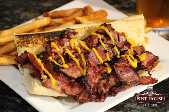 Pint House Bar & Grill: The Pint House Pastrami