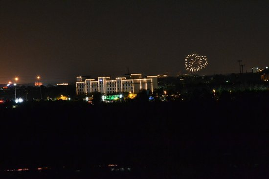 Lake Buena Vista Resort Village & Spa: Fireworks view from building 3