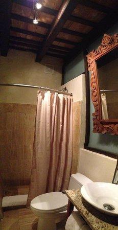 Villa Herencia: Room H4 - bathroom