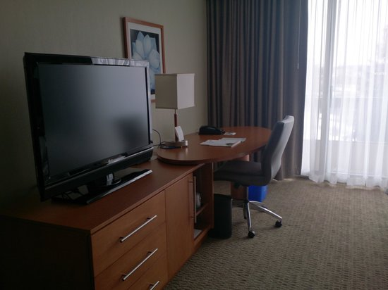 The Westin Prince Toronto : room