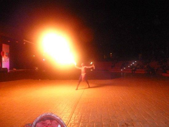 Decameron Barú: show