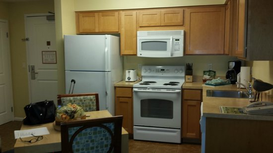 WorldMark San Diego - Mission Valley: kitchen area