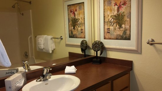 WorldMark San Diego - Mission Valley: bathroom