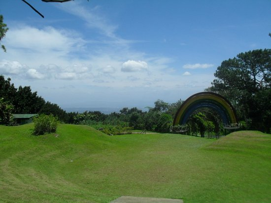 Eden Nature Park & Resort : nice view of Davao from the top