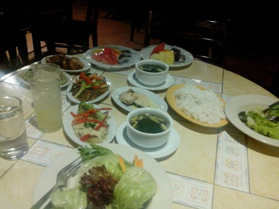 Eden Nature Park & Resort: sumptuous dinner for 2