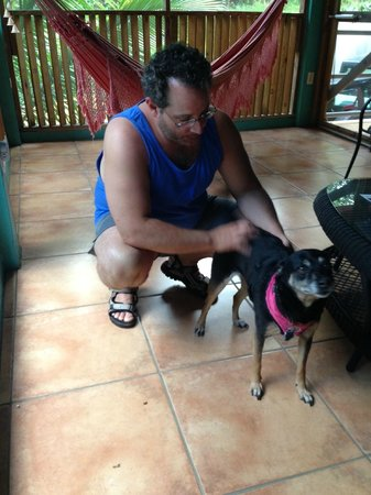 Casa Resaca : Chica the dog was just fantastically friendly