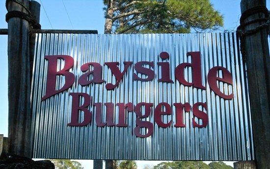 Bayside Burgers: Sign
