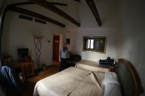 Hotel Abbazia: Room 408