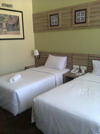 HIG Hotel : Twin bed room