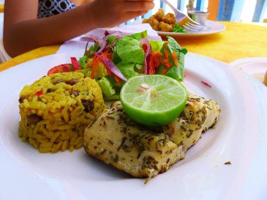Tropical Sunset Restaurant & Bar: Mahi-mahi