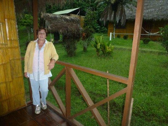 Yarina Eco Lodge: La entrada de mi cabaña
