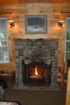 Pemi Cabins: Romantic fire