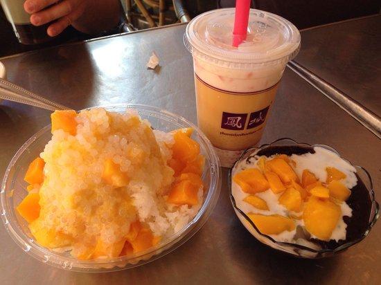 Phoenix Dessert : Mango Shaved Ice, Mixed Fruit Tapioca Drink and Mango Sticky Rice