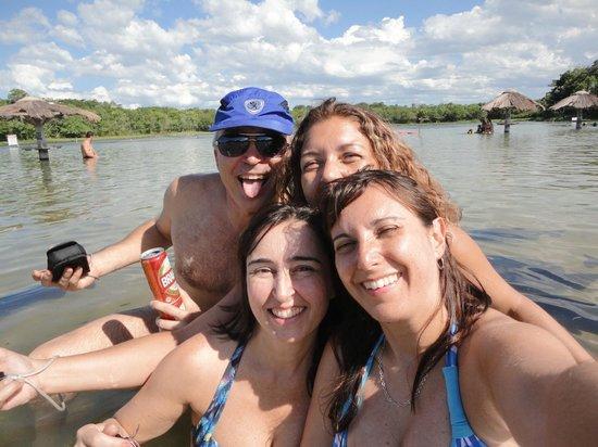 Figueira Beach : Amigos na viagem