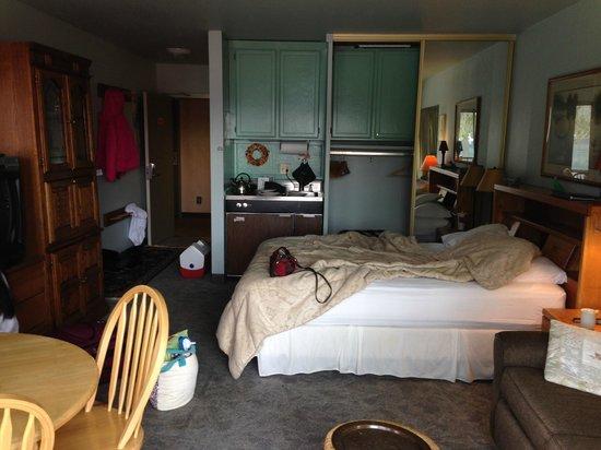 Donner Lake Village: Room