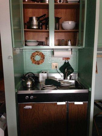 Donner Lake Village: Kitchenette stove, sink, refrigerator