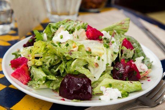 Pizzetta 211: Beet Salad