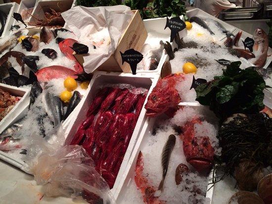 Estiatorio Milos : Fresh fish1