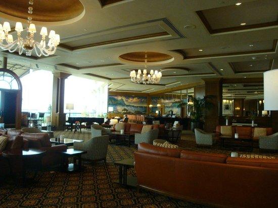 St. Regis Princeville Resort: Hotel Lounge