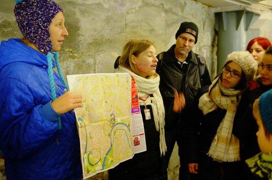 Moscow Free Tour: Elena explaining Moscow