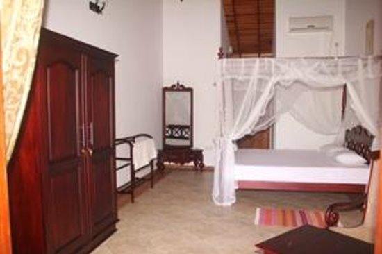 Chami Villa Bentota: Deluxe room