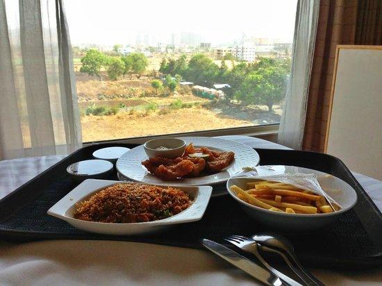 Courtyard by Marriott Pune Hinjewadi : Best food, best view!