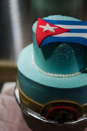 Mermaid's Bakery: Cake for a Hot Havana Nights birthday party!