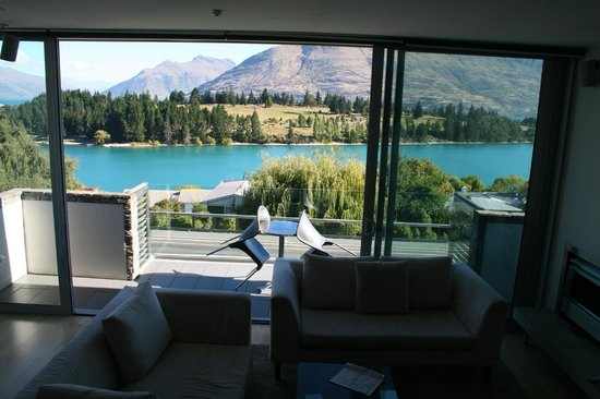 Pounamu Apartments: View from bedroom