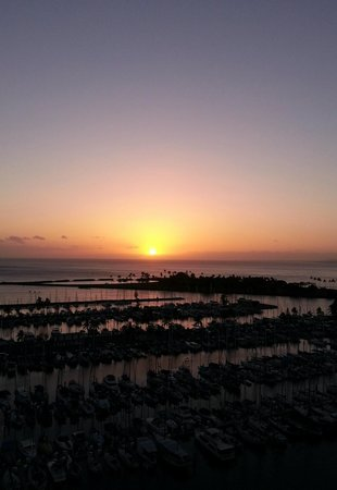 The Modern Honolulu: Sunset over the harbor from room