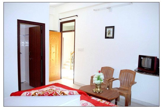 Atithi Paying Guest House: Enjoy your stay in comfort